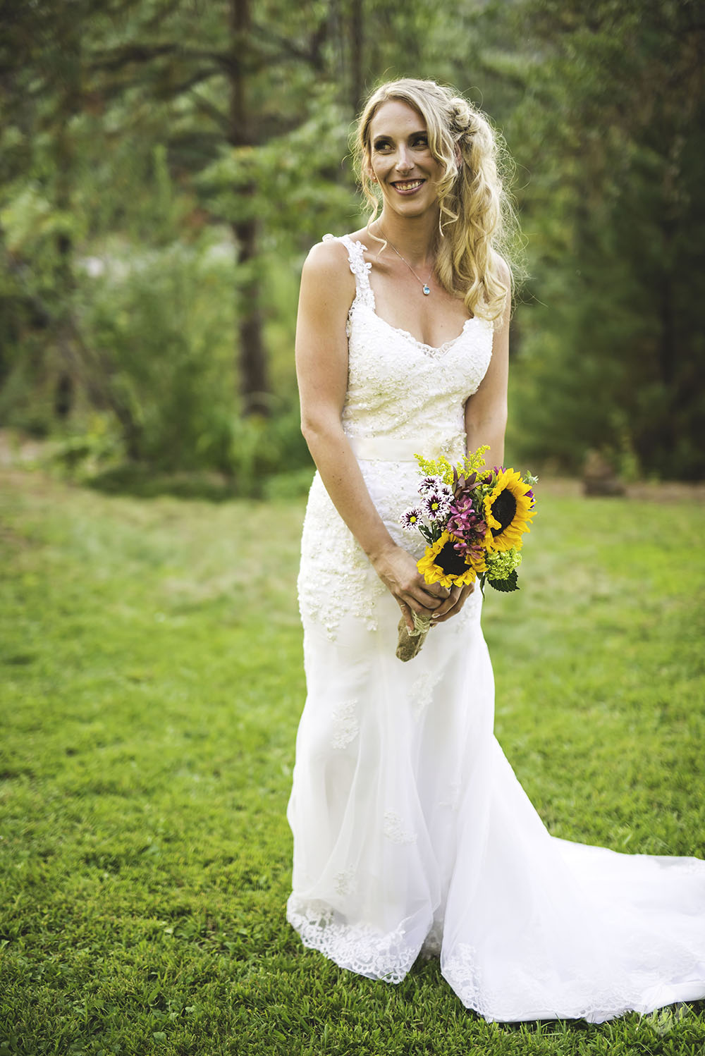 grass valley wedding